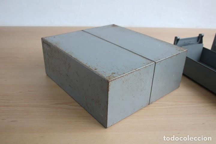 Vintage: Antiguo archivador metálico con dos cajones. Industrial. Años 60. - Foto 4 - 195386803
