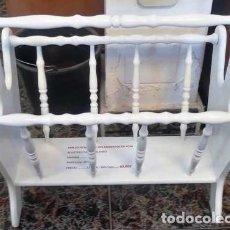 Vintage: REVISTERO LACADO PALITOS MEDIDAS 42,5 X 27 X 44. Lote 160220634