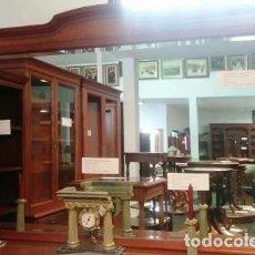 Vintage: MARCO COLOR CEREZO CON ESPEJO BISELADO MEDIDAS 190 X 127. Lote 160223298