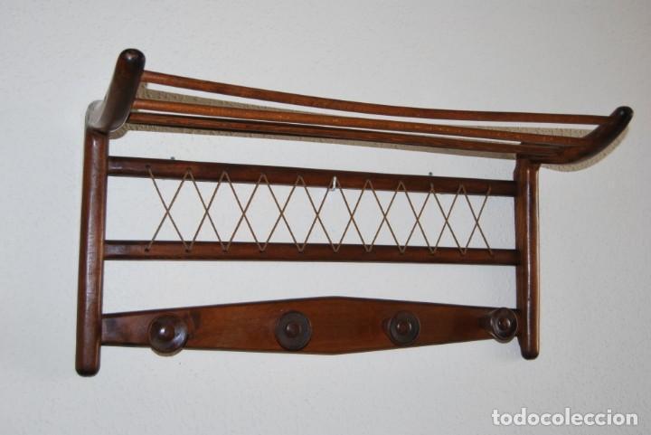 PERCHERO DE MADERA - DETALLES EN CUERDA - COLGADOR - ESTILO NÓRDICO - AÑOS 50-60 (Vintage - Muebles)