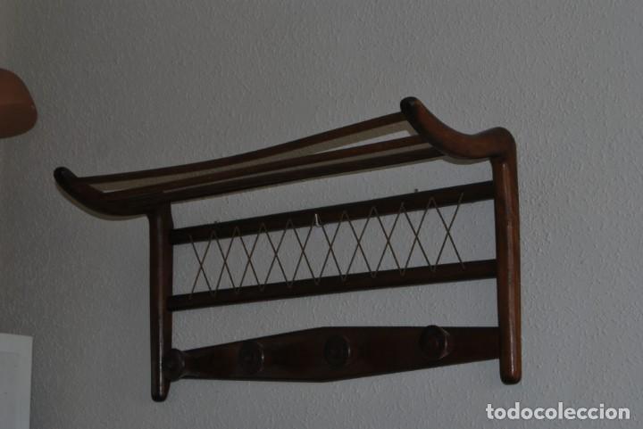 Vintage: PERCHERO DE MADERA - DETALLES EN CUERDA - COLGADOR - ESTILO NÓRDICO - AÑOS 50-60 - Foto 3 - 162695542