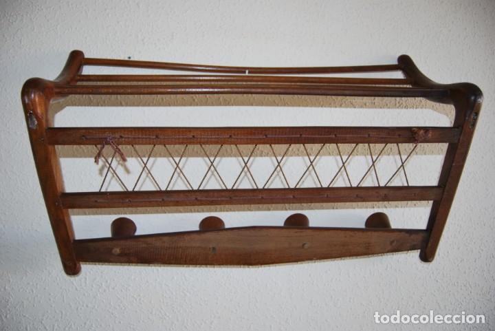 Vintage: PERCHERO DE MADERA - DETALLES EN CUERDA - COLGADOR - ESTILO NÓRDICO - AÑOS 50-60 - Foto 13 - 162695542