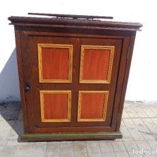 Vintage: ANTIGUO AÑOS 60 RETRO VINTAGE Y PRECIOSO MUEBLE TAQUILLAN DE BUENA MADERA COMPLETO Y MUYBUEN ESTADO. Lote 165306050
