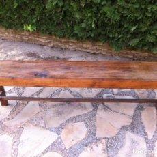 Vintage: BANCO DE MADERA. ARTESANAL. DE VESTUARIO.. Lote 169232182