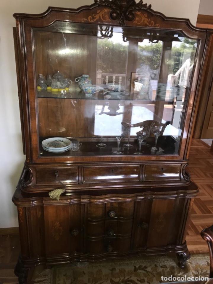 VITRINA DE MADERA DE NOGAL (Vintage - Muebles)