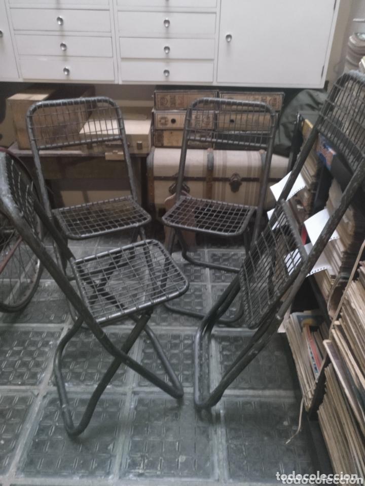 LOTE SILLAS MILITARES INDUSTRIALES HIERRO (Vintage - Muebles)