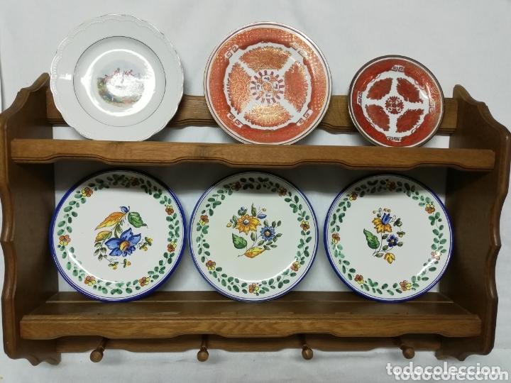 PLATERO DE MADERA EN ROBLE. JARRERA. COLGADORES PARA JARRAS. MUEBLE AUXILIAR. (Vintage - Muebles)