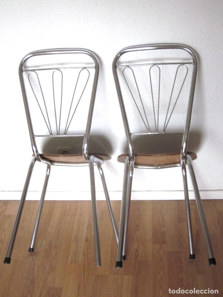 Dos sillas cocina vintage asiento madera formic - Verkauft ...