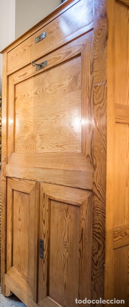 Vintage: Secrétaire à abattant en madera de pino, principios de siglo- estilo Art Nouveau, Francia - Foto 6 - 176341634