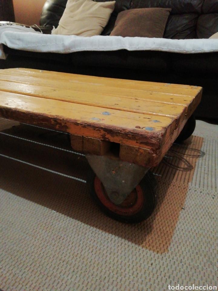 Vintage: Mesa de madera ruedas - Foto 2 - 176791399
