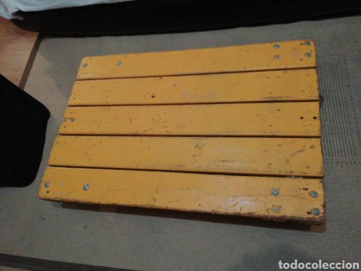 Vintage: Mesa de madera ruedas - Foto 4 - 176791399