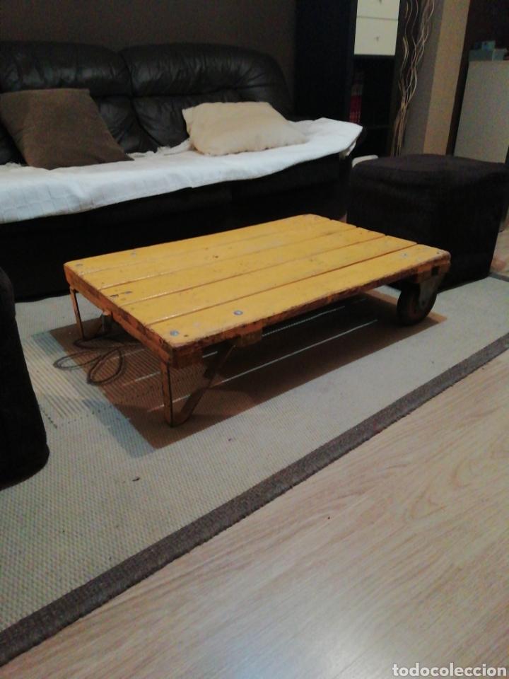 Vintage: Mesa de madera ruedas - Foto 5 - 176791399