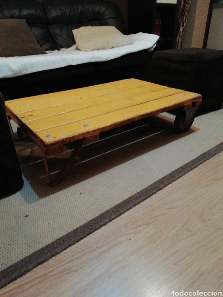 Vintage: Mesa de madera ruedas - Foto 6 - 176791399