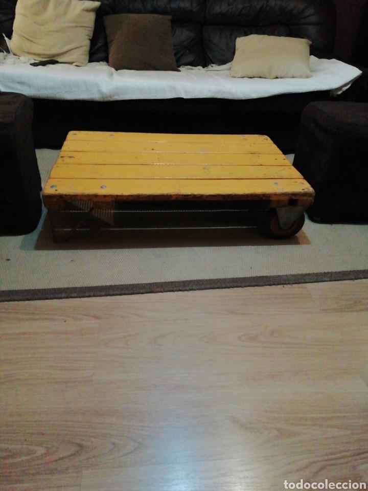 Vintage: Mesa de madera ruedas - Foto 7 - 176791399