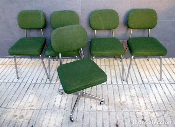5 SILLAS DE OFICINA,UNA DE ELLAS REGULABLE EN ALTURA (Vintage - Muebles)
