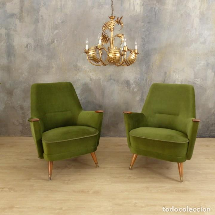 Vintage: Pareja de sillones vintage verdes con brazos de madera. 1950 - 1959 - Foto 12 - 155164914