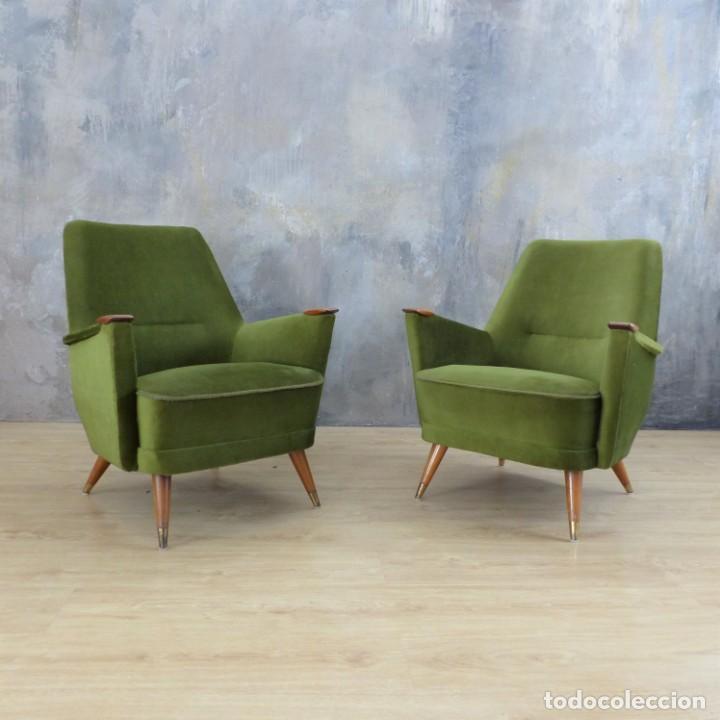 Vintage: Pareja de sillones vintage verdes con brazos de madera. 1950 - 1959 - Foto 14 - 155164914
