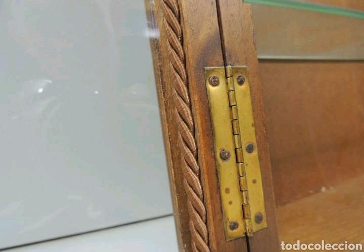 Vintage: Vitrina de colgar en madera de Haya con baldas de cristal - Foto 13 - 193848932