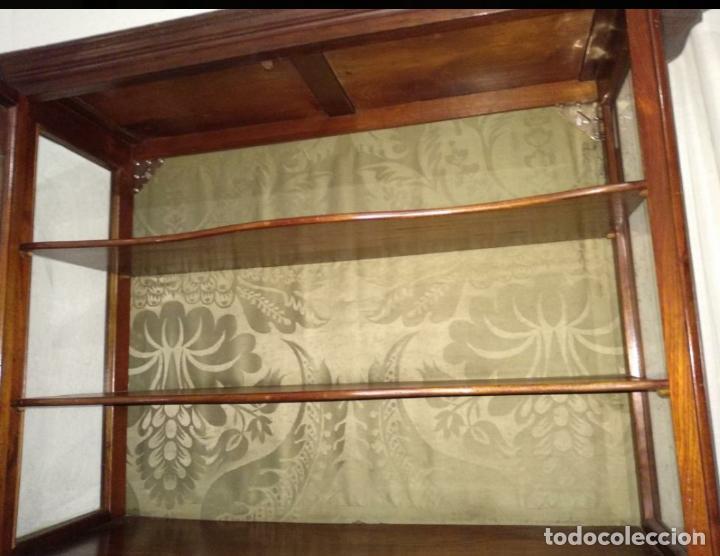 Vintage: Vitrina de madera - Foto 2 - 194340125