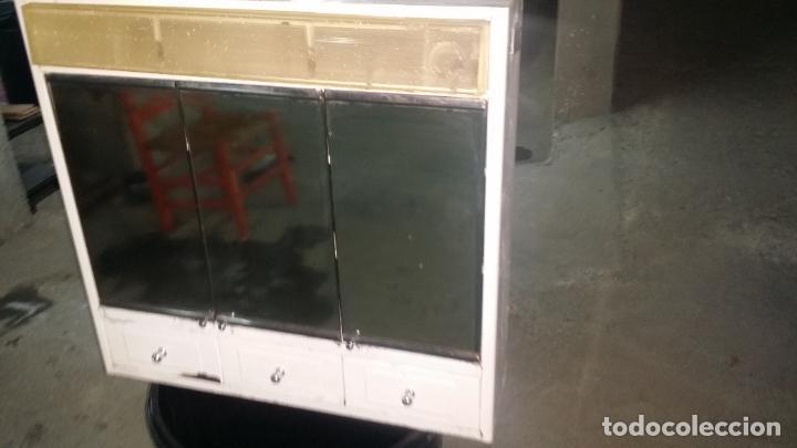 Vintage: romi con luz y espejos 3 puertas - Foto 10 - 195334163