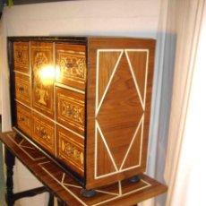 Vintage: BARGUEÑO CON MESA. Lote 205699345