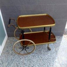 Vintage: CAMARERA VINTAGE DE LATON BRONCE Y MADERA.. Lote 206290888