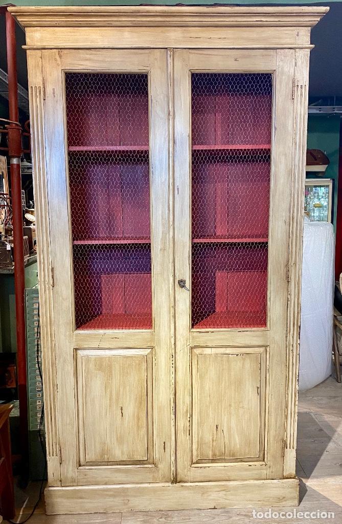 Vintage: Alacena pintada de beige y rojo - Foto 4 - 207023343