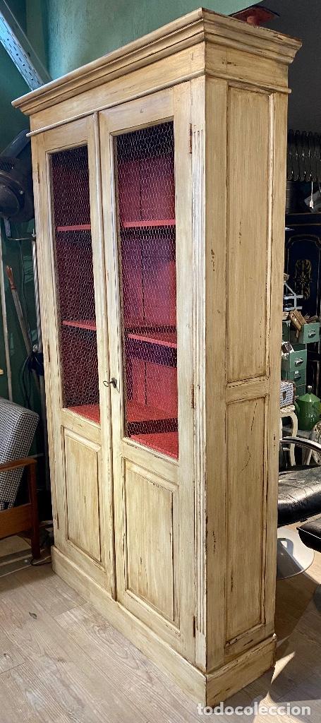 Vintage: Alacena pintada de beige y rojo - Foto 6 - 207023343