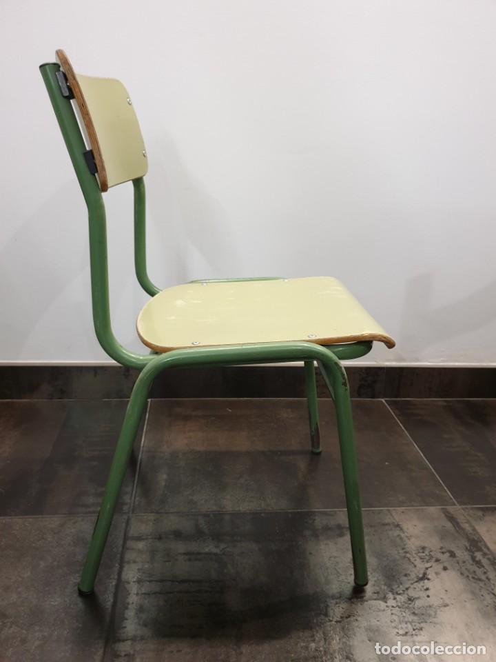 Vintage: Silla escolar, de colegio. Años 80. - Foto 2 - 210353558