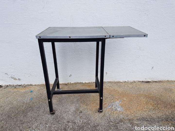 Vintage: Mesita auxiliar de taller u oficina antigua, de hierro a - Foto 6 - 219448383
