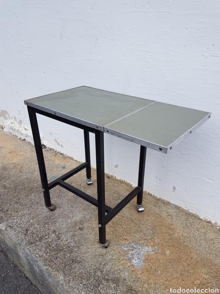 Vintage: Mesita auxiliar de taller u oficina antigua, de hierro a - Foto 7 - 219448383