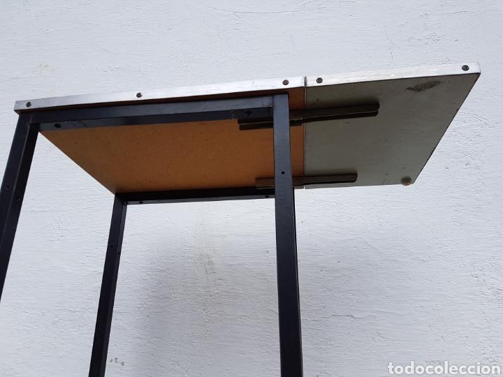 Vintage: Mesita auxiliar de taller u oficina antigua, de hierro a - Foto 11 - 219448383