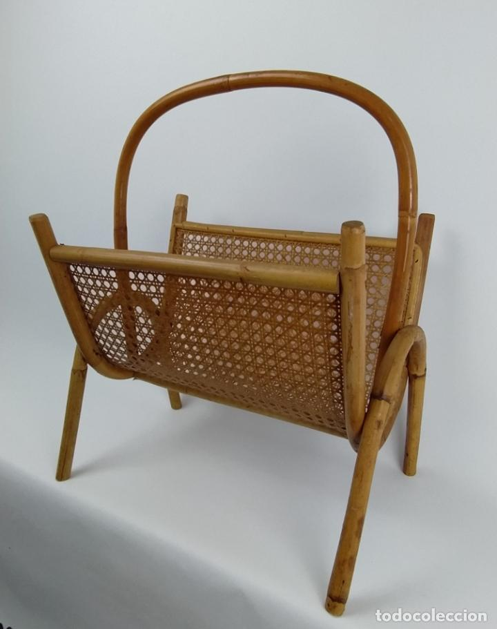 Vintage: Revistero vintage en caña de bambú y rejilla. - Foto 2 - 226134925