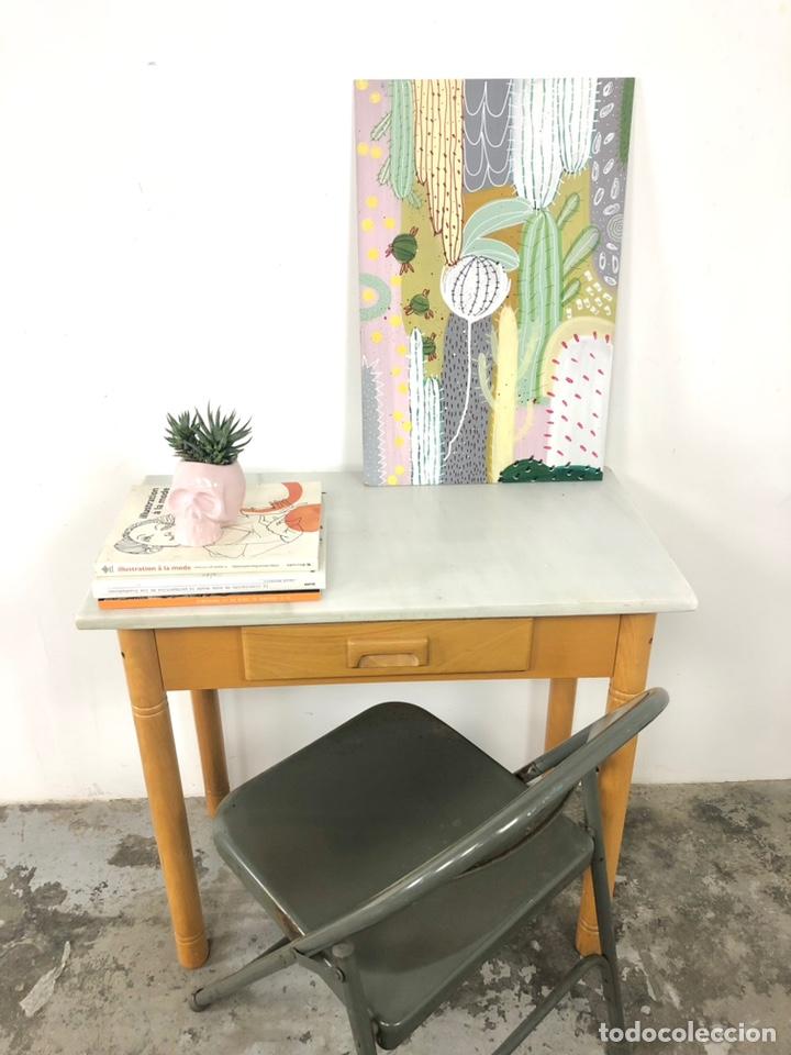 Vintage: Mesa auxiliar o escritorio vintage - Foto 3 - 243603125