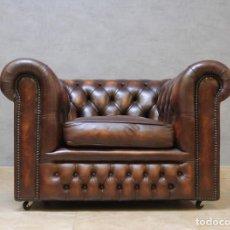 Vintage: BUTACA CLUB CHAIR CHESTERFIELD CUERO MARRÓN PÁTINA. Lote 262019355