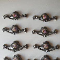 Vintage: LOTE TIRADORES DE METAL Y PORCELANA VINTAGE. Lote 277677593