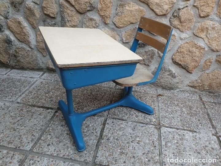 Vintage: Antigua silla con pupitre con cajonera. - Foto 2 - 278544023