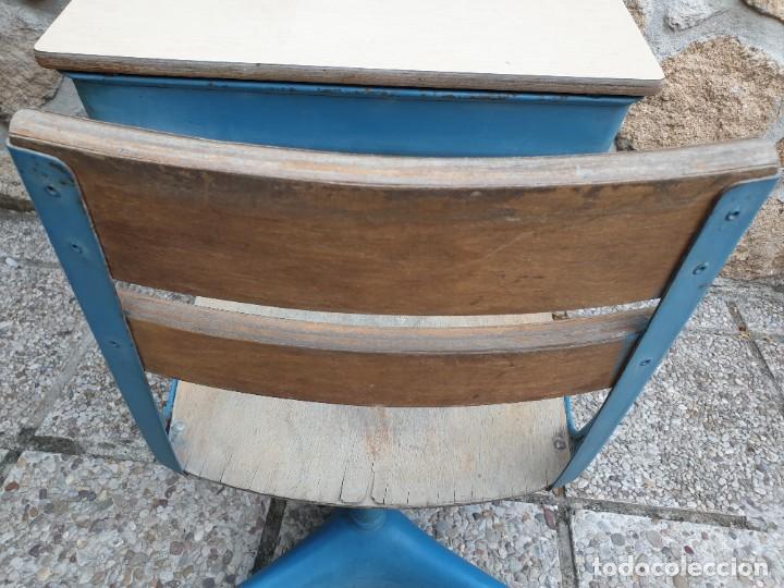 Vintage: Antigua silla con pupitre con cajonera. - Foto 7 - 278544023