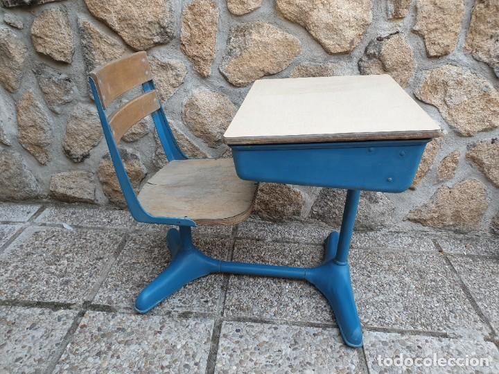 Vintage: Antigua silla con pupitre con cajonera. - Foto 11 - 278544023