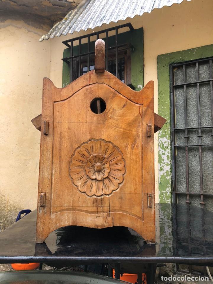 Vintage: Precioso arcón en madera tallado, con las tapas abatibles. - Foto 5 - 287582558