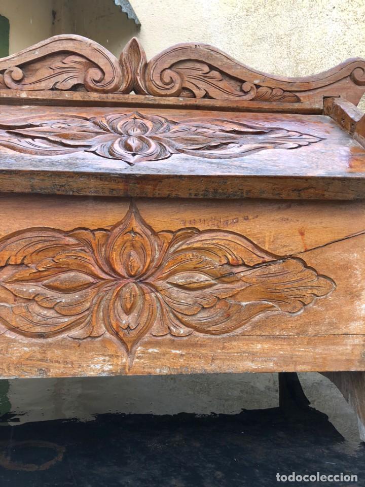Vintage: Precioso arcón en madera tallado, con las tapas abatibles. - Foto 8 - 287582558
