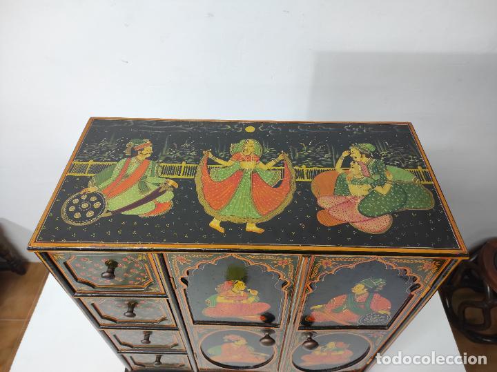 Vintage: Precioso Mueble Oriental - Madera Maciza Policromada - con Puertas y Cajones - Foto 2 - 291907053