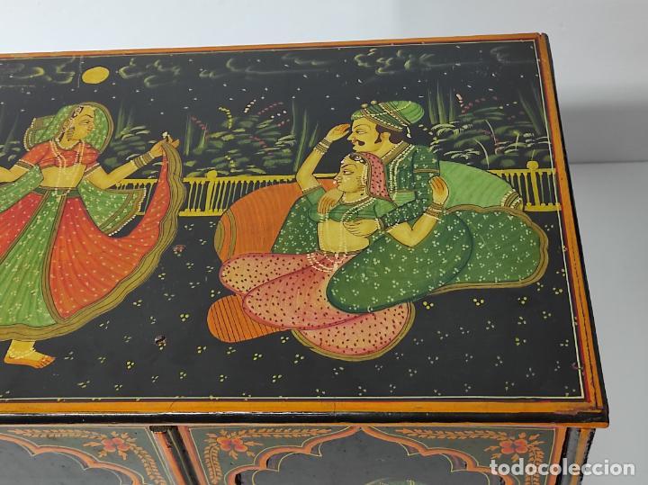 Vintage: Precioso Mueble Oriental - Madera Maciza Policromada - con Puertas y Cajones - Foto 5 - 291907053