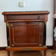 Vintage: MESILLA CLASICA PARA DORMITORIO.. Lote 293418473
