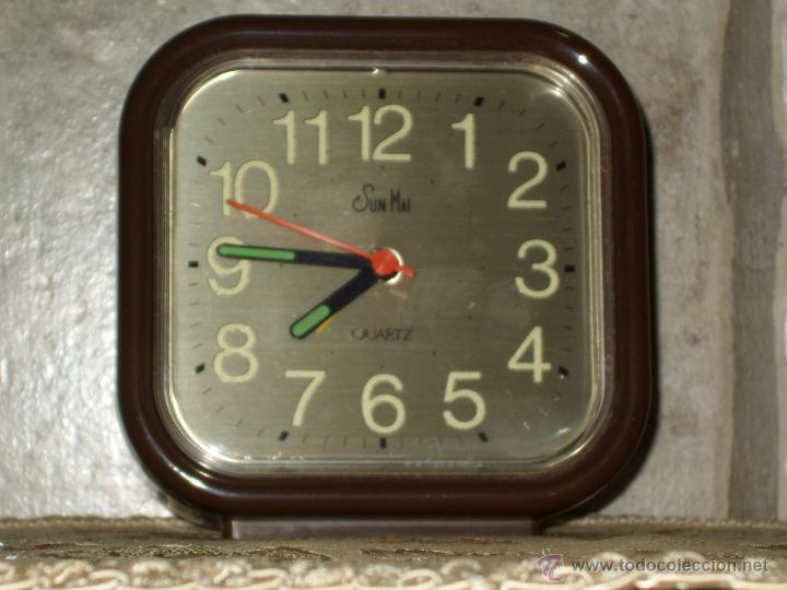 RELOJ DESPERTADOR DE SOBREMESA.AÑOS 70. (Relojes - Relojes Vintage )