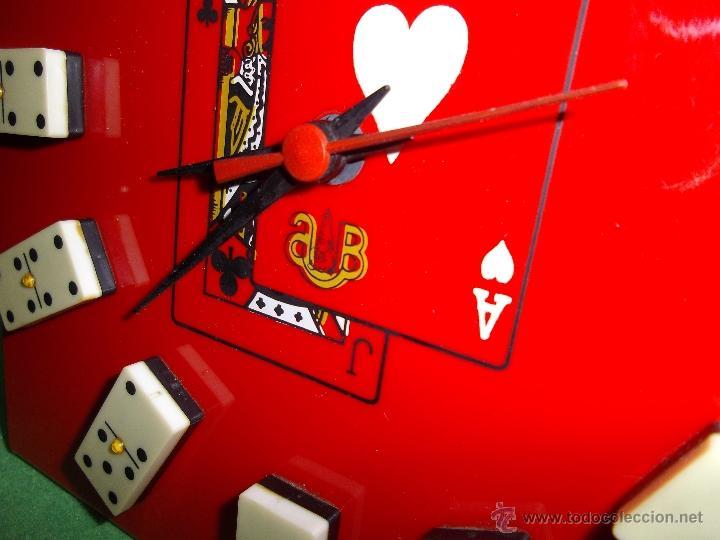 Vintage: Divertido reloj marca AB metacrilato ficha domino vintage años 70 cartas poker baraja juego de mesa - Foto 2 - 51513877