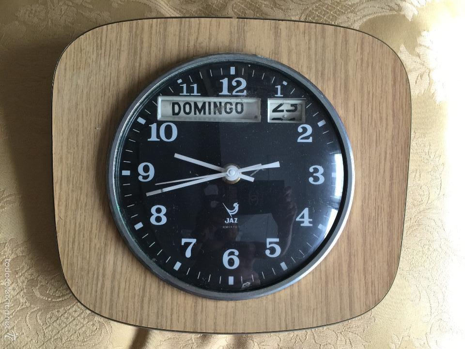 RELOJ DE PARED CALENDARIO ELECTRICO JAZ. AÑOS 60 (Relojes - Relojes Vintage )