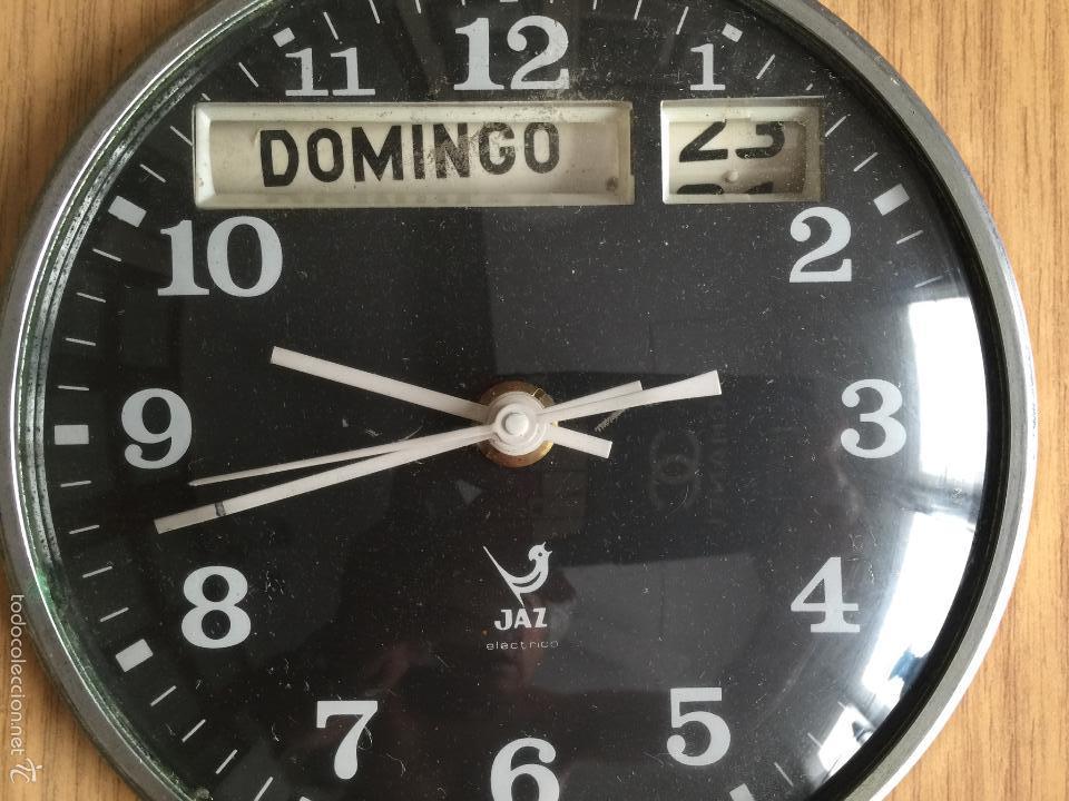 Vintage: RELOJ DE PARED CALENDARIO ELECTRICO JAZ. AÑOS 60 - Foto 5 - 59508479