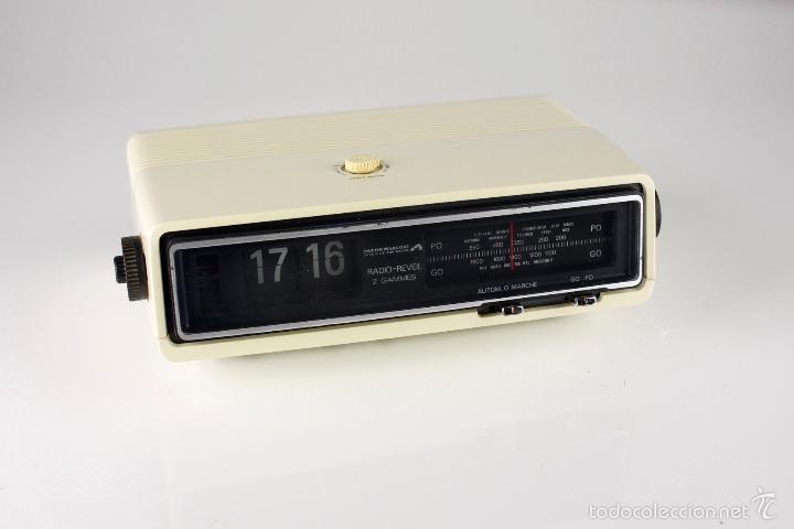 Vintage: radio AM despertador flip clock retro space age vintage años 70 - Foto 4 - 150881057