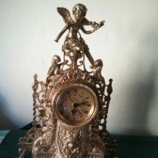 Vintage: ANTIGUO RELOJ EN BRONCE. CON ANGEL Y VARIAS FIGURAS.FUNCIONA.U.T.S.QUARTZ. SIGLO PASADO.. Lote 62533639